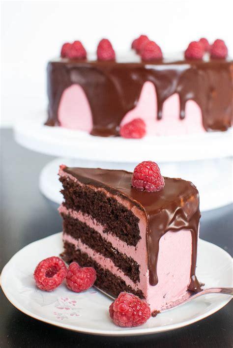 Erdbeeren Fruchtiges Deko Motiv by Schoko Himbeer Torte Mit Cremiger Ganache Kaffee Cupcakes