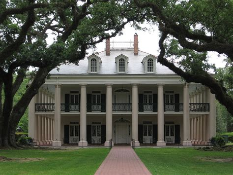 The Plantation Home Photograph By Mily Iriarte