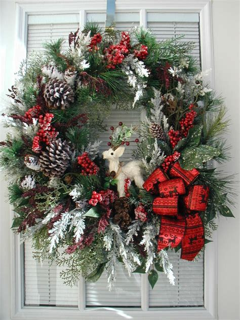 2194 best christmas wreaths images on pinterest winter wreaths christmas crafts and holiday