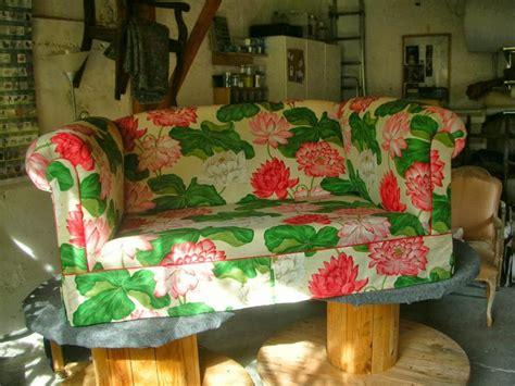 canapé style anglais fleuri photos canapé anglais fleuri