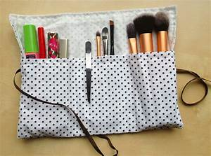 Doudou En Tissu à Faire Soi Même : trousse maquillage compartiment e pop couture ~ Nature-et-papiers.com Idées de Décoration