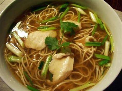 huile de sesame en cuisine recette de soupe de poulet nouilles chinoises ciboule