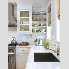 Best White Subway Tile Backsplash Design Ideas & Remodel