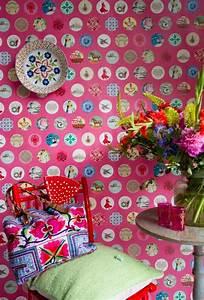 1001 modeles de papier peint tendance phares With chambre bébé design avec sac eastpak motif fleur