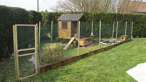 enclos exterieur pour lapin construction d un enclos pour poules lapins canards