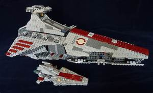 Star Wars Lego 8039 and 20007 Venator-Class Republic Attac ...