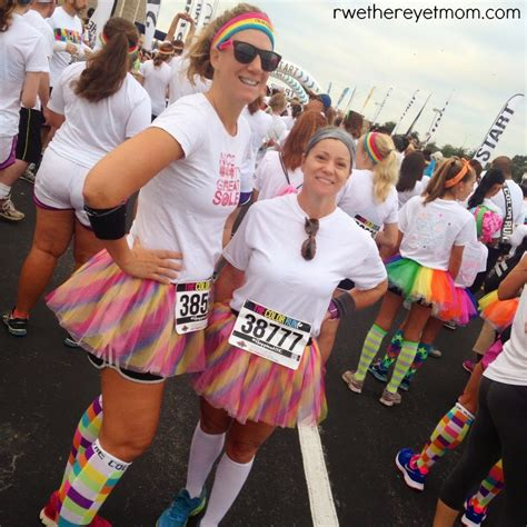 what to wear to color run 7 color run tips r we there yet