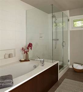 22 simple tips to make a small bathroom look bigger for How to make my bathroom look bigger
