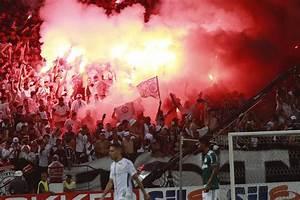 Corinthians faz treino aberto com 37 mil torcedores na