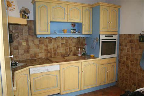 couleur peinture meuble cuisine amazing couleur taupe clair peinture 14 meuble cuisine bleu les nouvelles collections de