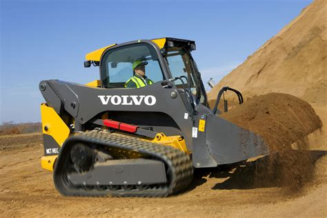 volvo introduce  series skid steers  europe agg net