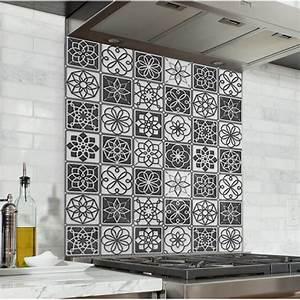 Carreaux De Ciment Credence : fond de hotte carreaux de ciment noir et blanc credence ~ Dailycaller-alerts.com Idées de Décoration