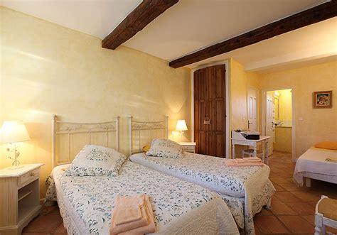 chambre d hote vaucluse chambres d hôtes avec piscine en vaucluse le des