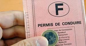 Permis De Conduire Nombre De Points : retrait de points de permis 10 millions en 2010 ~ Medecine-chirurgie-esthetiques.com Avis de Voitures