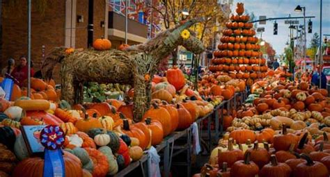 Circleville Pumpkin Festival Dates by Circleville Ohio Pumpkin Festival I Travel Pinterest