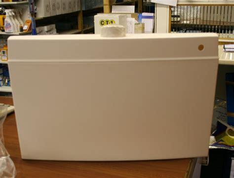 white fordham flushpanel push button plumbers mate