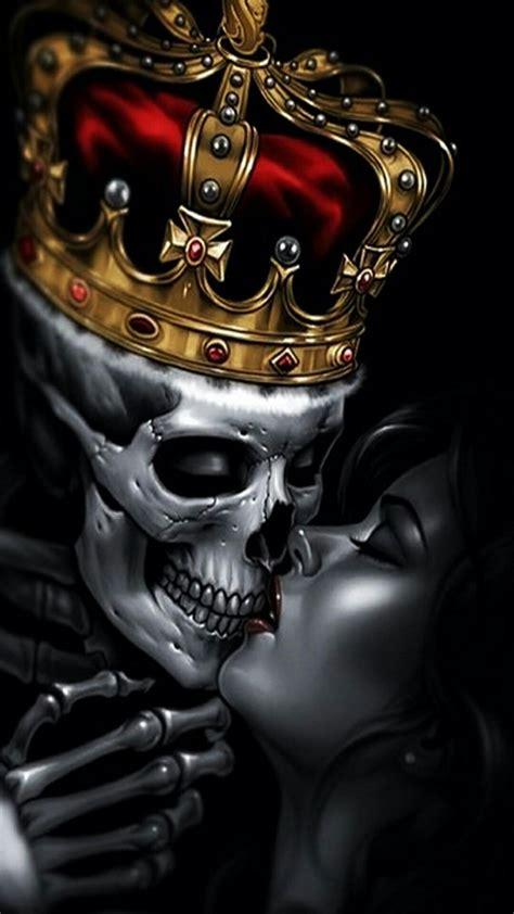King Skull Kissing The Queen  Sugar Skulls Pinterest