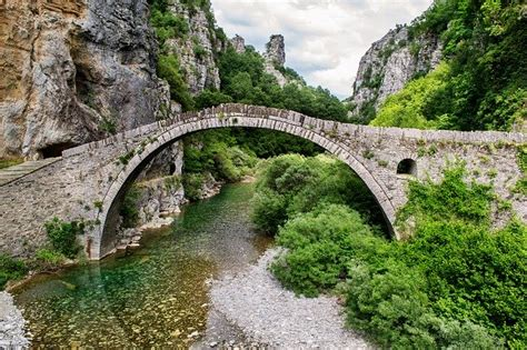 beautiful landscape bridge greece  photo  pixabay