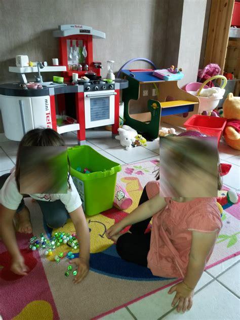 ranger une chambre ranger une chambre d 39 enfant en deux temps trois mouvements
