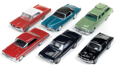 auto world   diecast premium