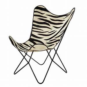 Fauteuil Peau De Vache : fauteuil en peau de vache z br e noir blanc zebra maisons du monde ~ Teatrodelosmanantiales.com Idées de Décoration
