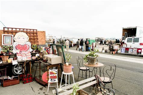 How to Sell at Flea Markets and Antique Malls
