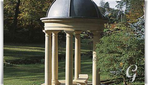 stein pavillon mit s 228 ulen pierrefeu gartentraum de
