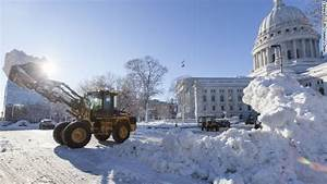 Photos: Blizzard strikes the Midwest