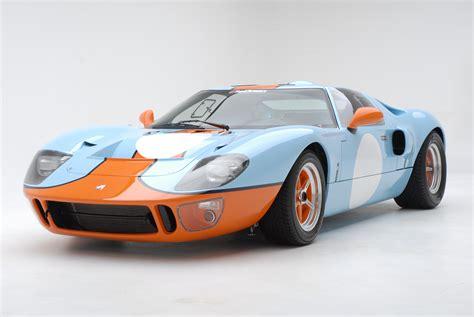 asaucerfulofwheels 1966 ford gt40 mk ii 1969 ford gt40 mk i gulf - 1966 Ford Gt40 Gulf