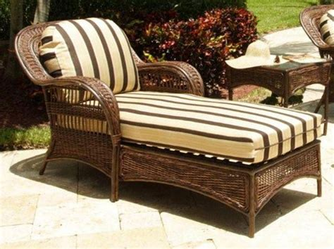 Outdoor Deck Chaise Lounge