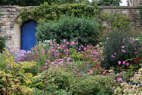 plantes dans la chambre optez pour un jardin à l anglaise decoration maison