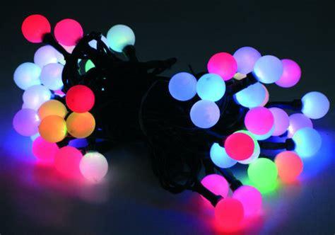 Lichterkette Bunte Kugeln by Led Lichterkette Mit Kugeln 150 Leds Farbwechsel Girlande