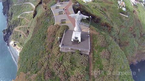 Garajau statue of jesus christ - madeira, fotografia aérea