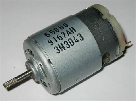 Johnson Electric Motors by Johnson Electric 13 6v Dc Motor 4500 Rpm 3 5 Oz In
