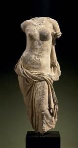 A GREEK MARBLE APHRODITE PONTIA-EUPLOIA. HELLENISTIC ...