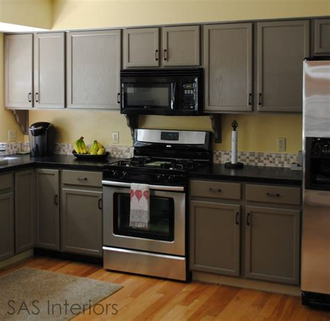 Laminate Cupboard Paint by The 25 Best Laminate Cabinet Makeover Ideas On