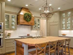 Country kitchen design ideas diy for Kitchen colors with white cabinets with john lennon wall art