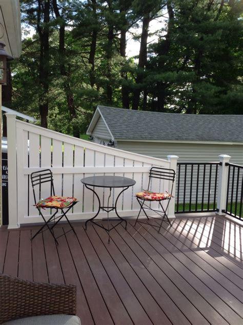 vinyl deck privacy azek acacia decking  trex reveal railing  privacy panel built