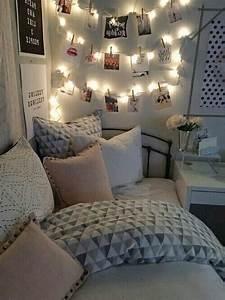 Tumblr Zimmer Lichterketten : cute room on tumblr ~ Eleganceandgraceweddings.com Haus und Dekorationen