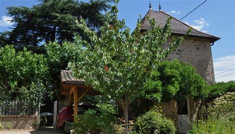chambre d hote de charme beaujolais gîte et chambre d 39 hôte en beaujolais bavière et volcan