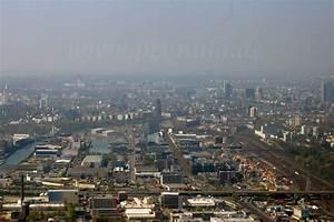 Frankfurt Hanauer Landstraße Möbel : rundflug frankfurt am main w hrend der vulkanaschewolke im jahre 2010 luftbilder und luftaufnahmen ~ Frokenaadalensverden.com Haus und Dekorationen