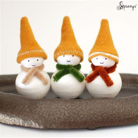 Homemade Christmas Ornaments to Make Snowman