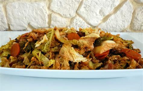 cuisiner un chou vert chou vert au paprika la recette facile par toqu 233 s 2 cuisine