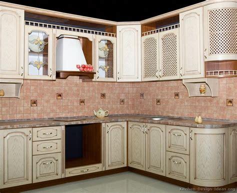 how to whitewash oak kitchen cabinets whitewash kitchen cabinets roselawnlutheran 8948