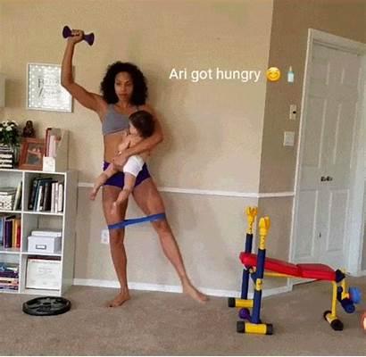 Multi Tasking Woman During Mama Multitasking Bencomo
