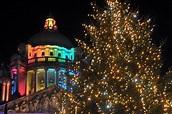 Christmas tree lights turned on at Belfast City Hall ...