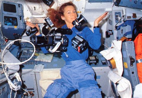 US Female Astronauts - Pics about space