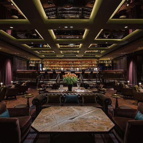 manhattan dining regent singapore
