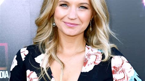 Pretty Little Liars' Vanessa Ray: I Didn't Find Out I Was ...