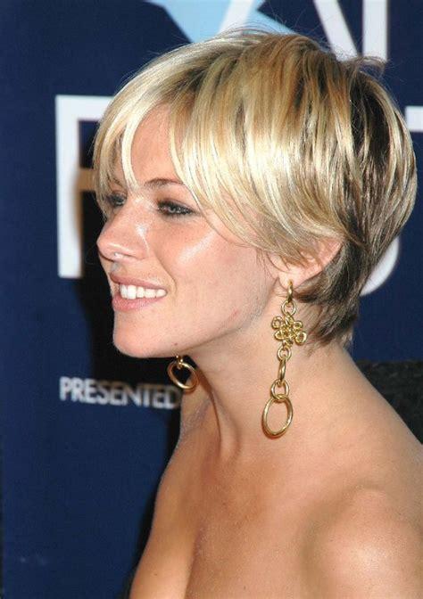 Feminine Hairstyles by 10 Feminine Hairstyles Hairstyles Weekly